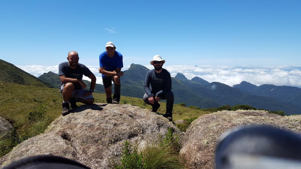 Eu, Alisson e Bolivia no cume do Camapuan.