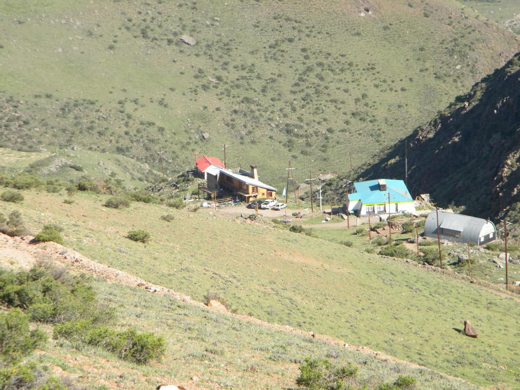 Refugio São Bernardo do lado esquerdo.