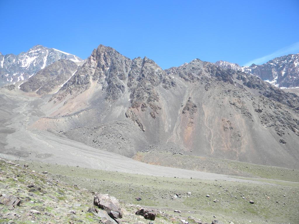 Adolfo Calle e Stepanek visto da trilha do Cerro Franke.