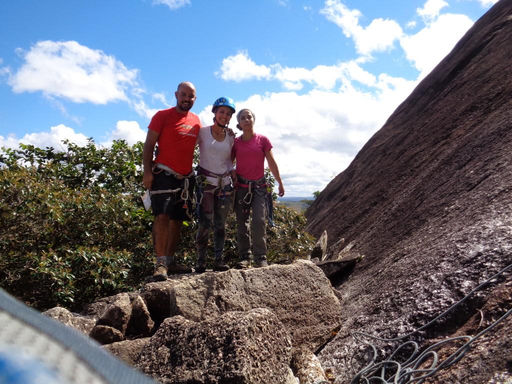 Natan, Michelle e Carol, valeu pela parceria meninas, tesão de escalada.